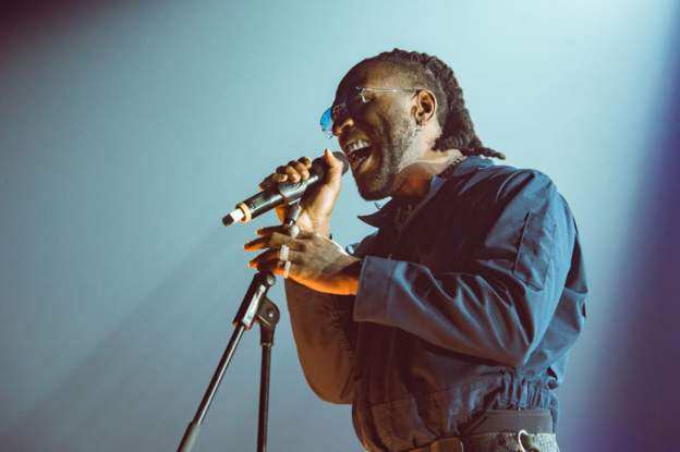 2019 for Burna Boy as singer wins best African act at MTV awards