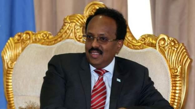 Somalia president, Farmajo, signs law extending his term