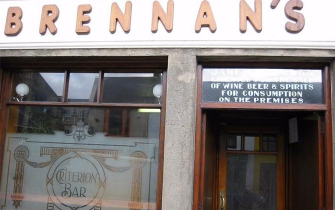 """Brennan's """"The Criterion"""" Bar, Main St., Bundoran"""