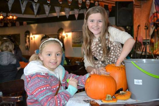 pumpkin-carving-competition-2016-19