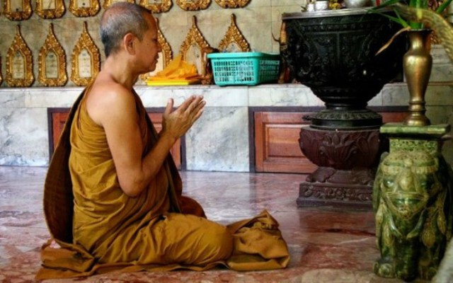 Things to do in Thailand - Meditate at a Temple