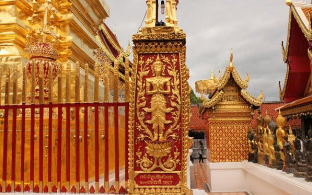 Things to do in Thailand - Visit Temples