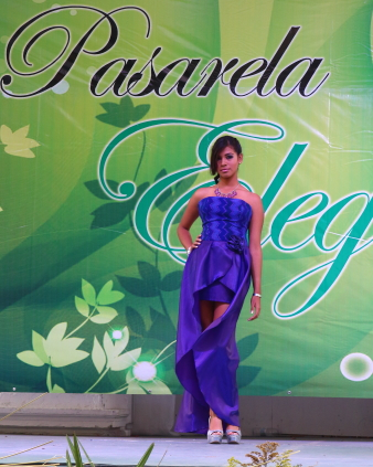 another model wearing one of the latest spring fashion designs in Chiapas