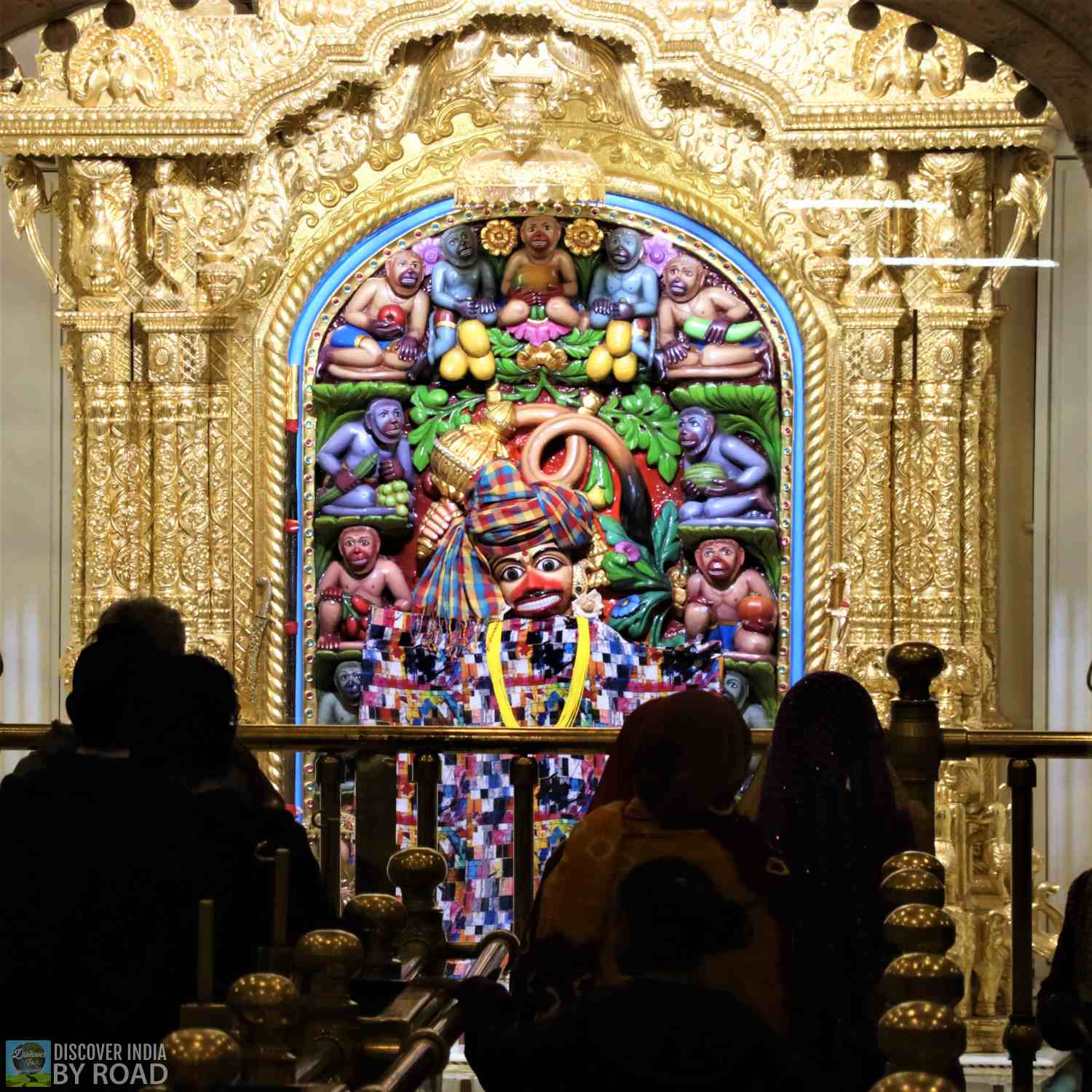 Idol Kasthabanjan Hanumanji in night suite