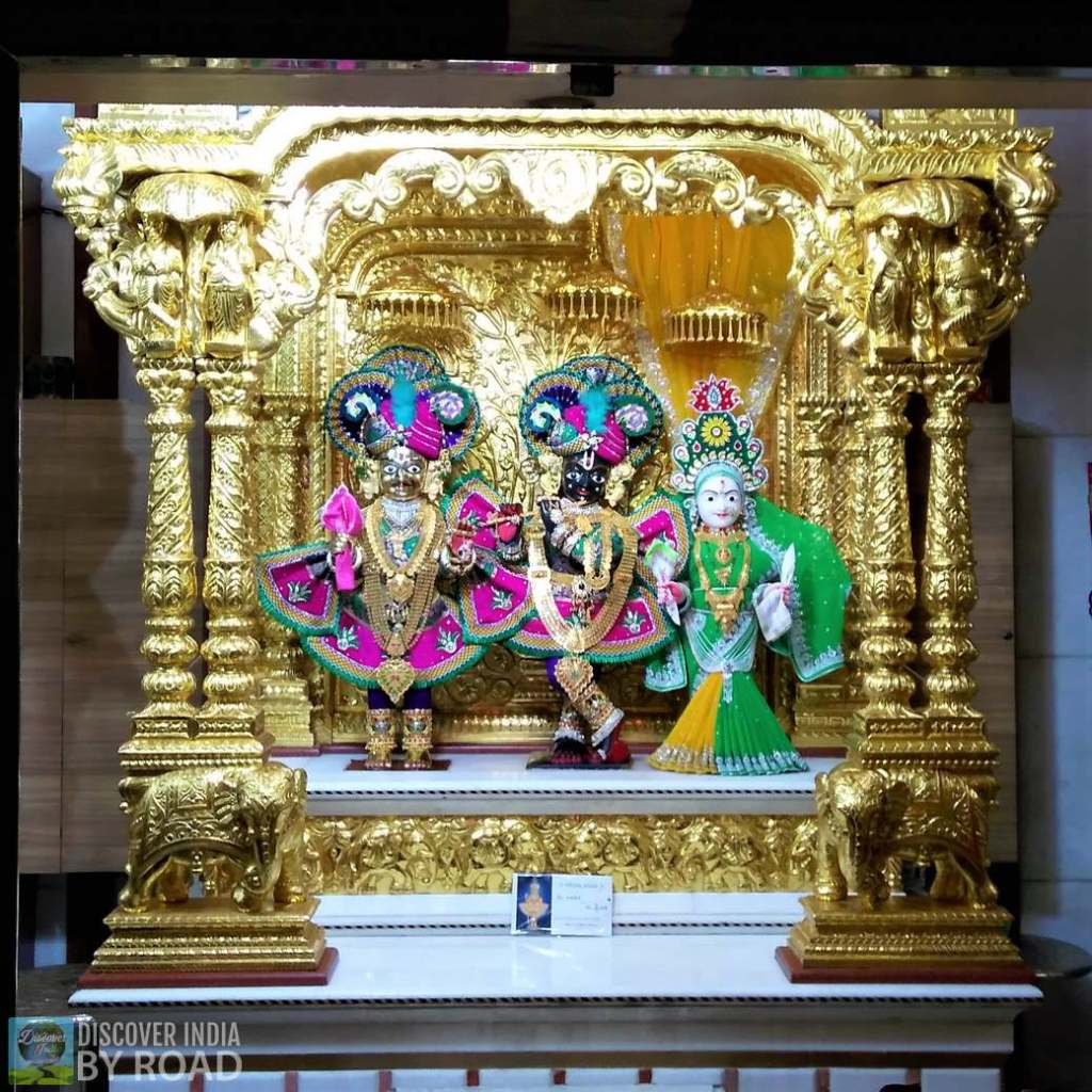 Idol of Madanmohan Maharaj at Swaminarayan temple Dholera
