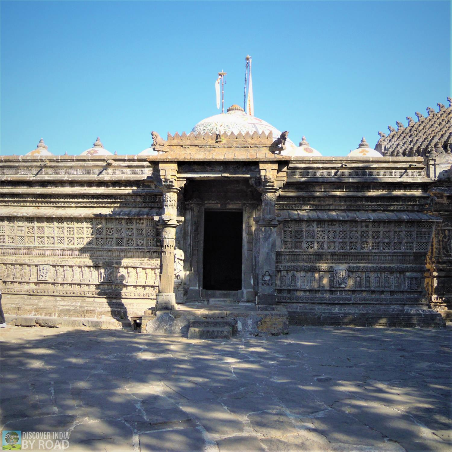 Samprati Raja temple at Neminath Jain Temple