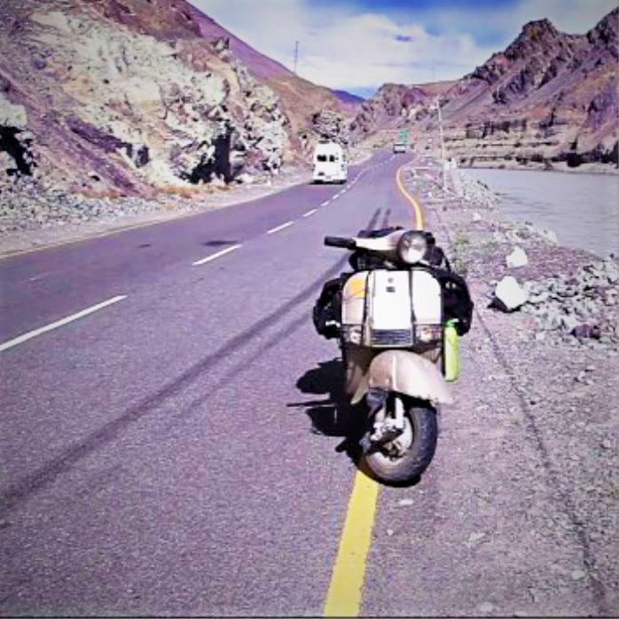 Bajaj Chetak scooter standing on Ladakh road