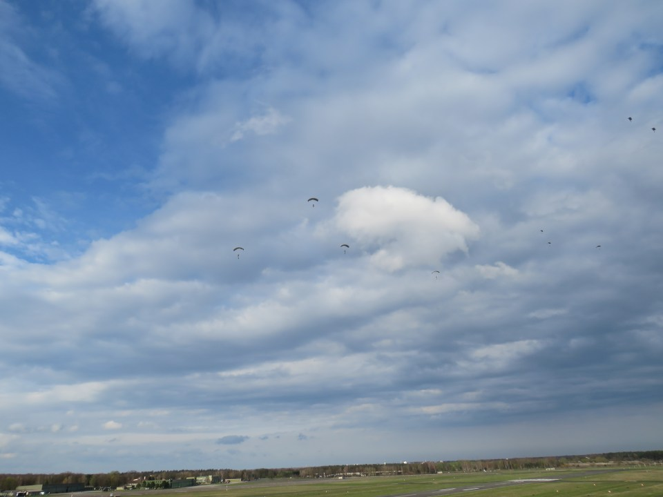 Dutch paratroopers over the LDZ (landing zone) at German Army Military Airbase Celle-Wietzebruch (ETHC)