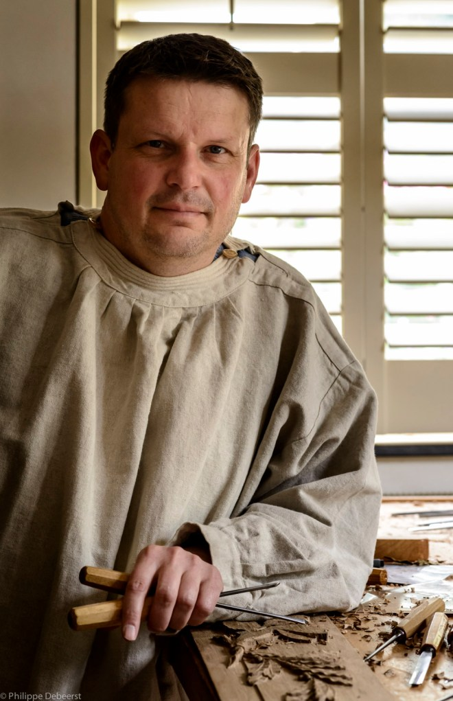 Patrick Damiaens wood carver