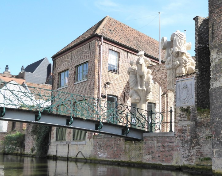 The Bridge of Imperial Pleasures, Gent