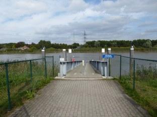 Schelde-Ferry-1