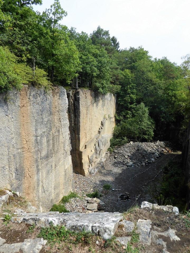 Quarry (2)