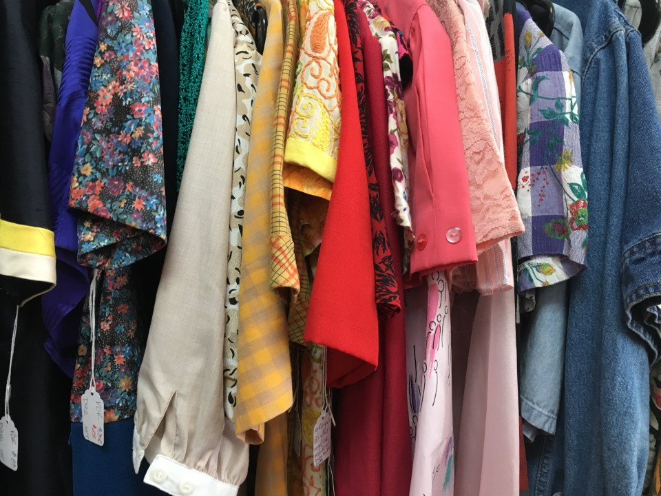 Vintage Clothing at Nearly Dead Threads