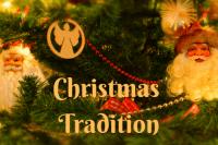 Christmas Tree with Santas