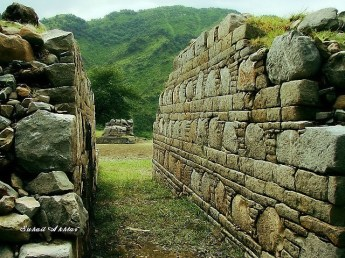 Walls of Bhamala monastery in Taxila. Like so many other ancient Gandhara sites, Bhamala was destroyed in the early 6th century by the Central Asian White Huns.