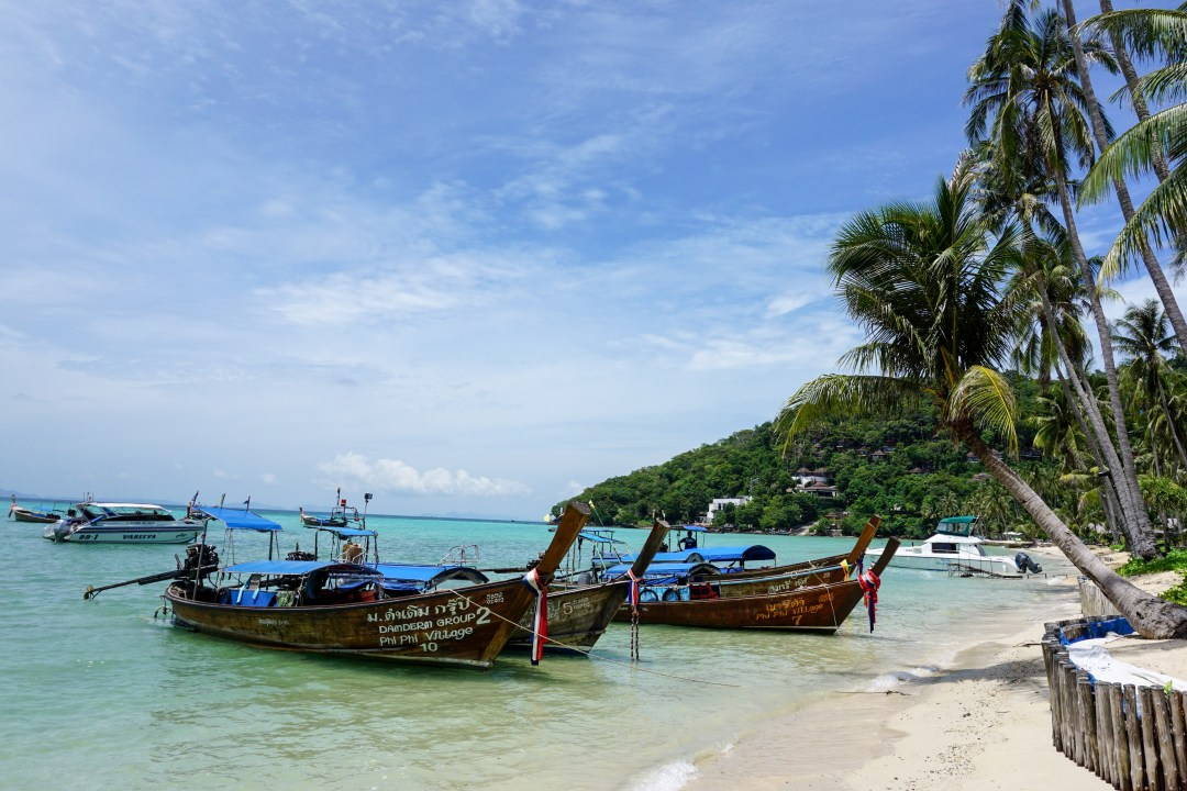 Koh Phi Phi - www.discoveringyourhappy.com