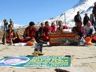 Puja at Rohtang pass