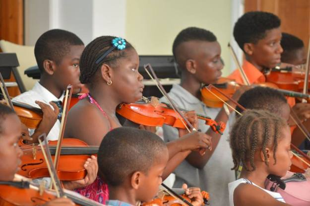 8-26-16-Music-violin2