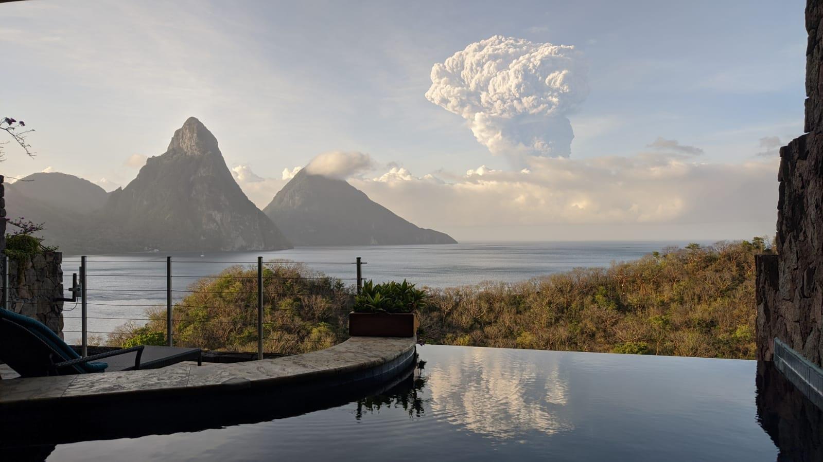 La Soufriere 630AM eruption seen from St Lucia