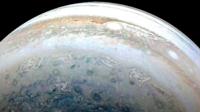 Spacerock smack into Jupiter
