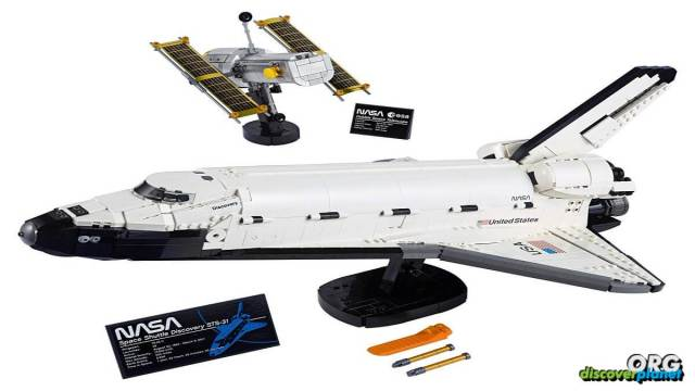 Lego's newest sets featuring Space Shuttle Discovery and Hubble