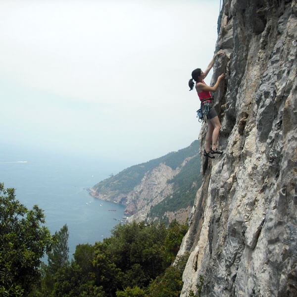 Rock climbing on Monte Muzzerone Porto Venere Nature Park