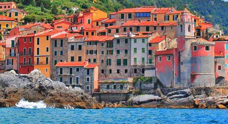 Tellaro, Gulf of Poets, Liguria - photo by chucksperry.net