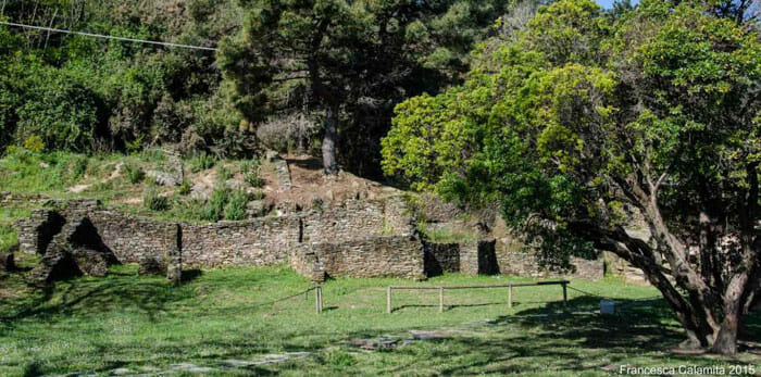 Ancient Villa: Ruins in Bocca di Magra, Liguria