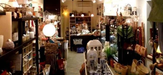 Shopping at Tartalluga sul Tatai in Portovenere