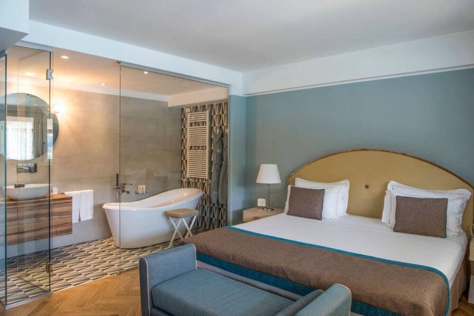 portovenere luxury suite italy