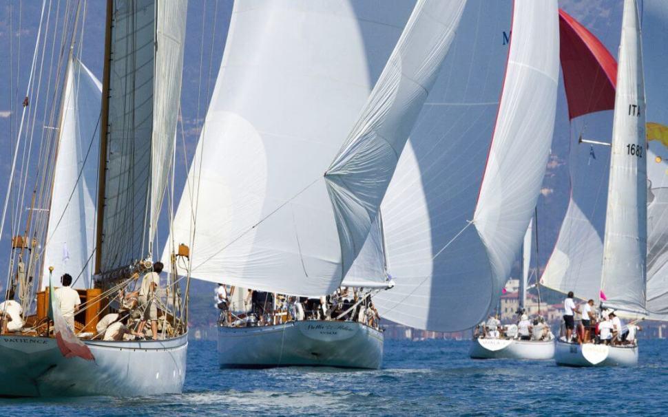 vintage-sailboats-viareggio