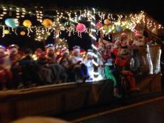 santa-parade_2013