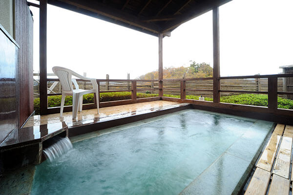 """Ryokan """"Ichie"""" with a large public bath and open-air bath"""