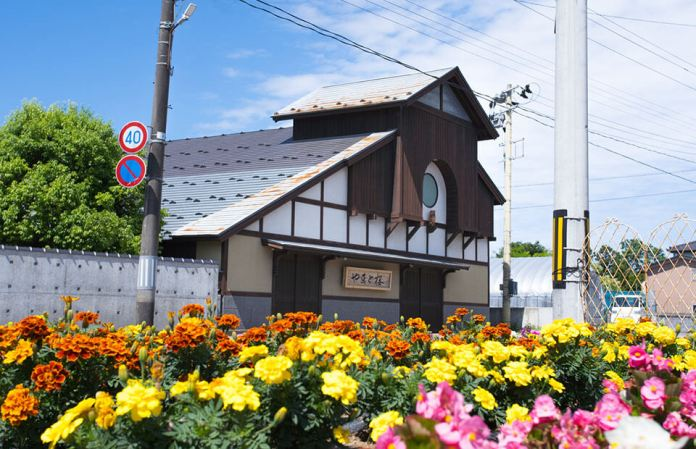Yamato Sakura sake brewery coming from the underground water of Mogami River in Shanoi