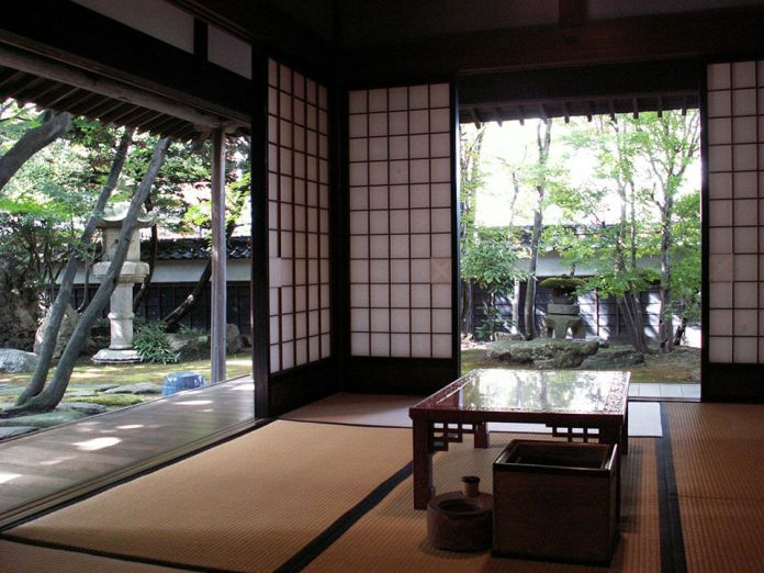 Heishindo is a precious piece of historical heritage of wealthy merchants in the past