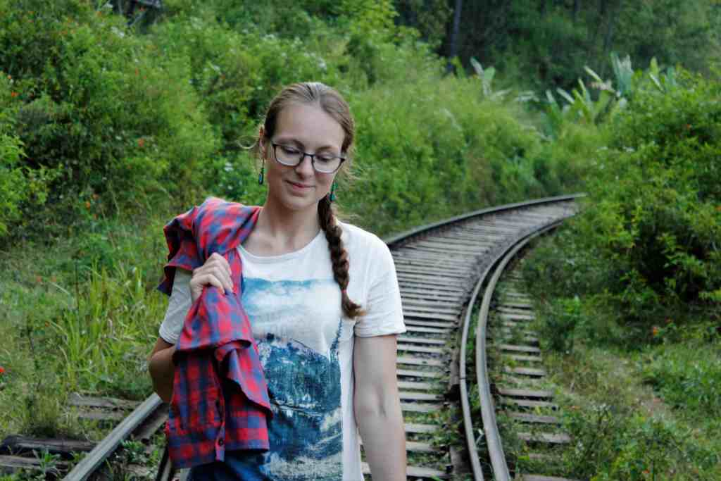 Top experiences in Ella- walk on the railway track