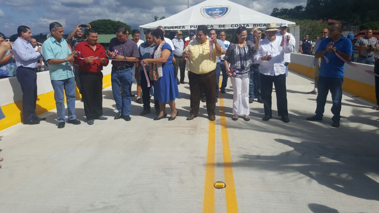 New Bridge Provides Better Access to Costa Rica's Manuel Antonio Park