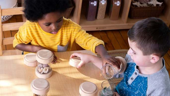 sharing and turn-taking activities for toddlers and preschoolers- two young boys playing together
