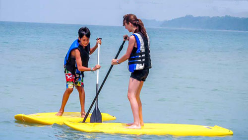 kids-camp-Toronto-SUP-Paddle-Boarding