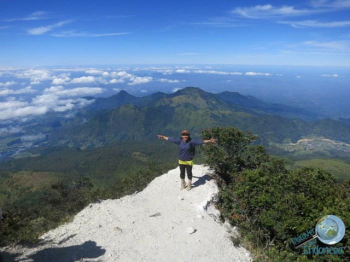 hiking around yogyakarta