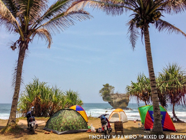 Weekend Getaway from Jakarta - Batukaras Madasari beach
