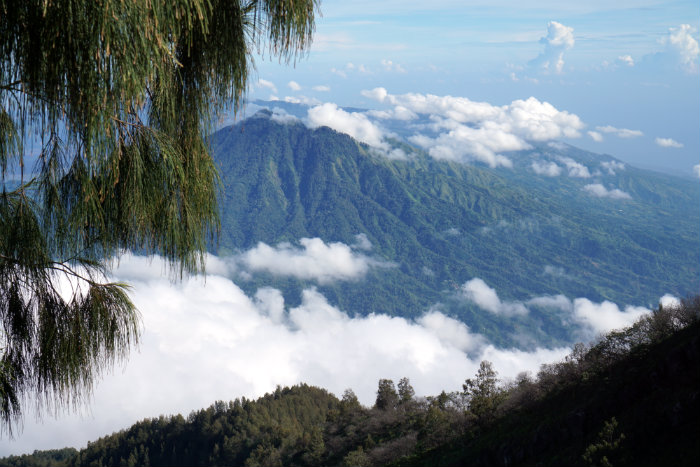 Climbing down Mount Agung, Views from Mount Agung