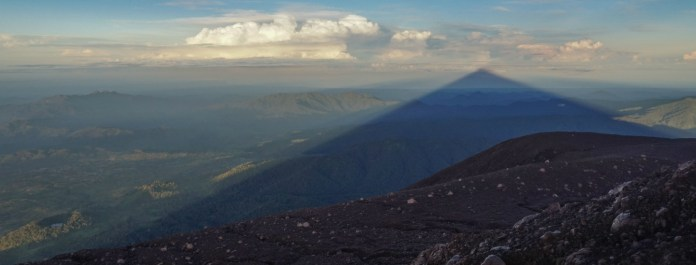 Kerinci Climbing The Highest Volcano In Indonesia Discover Your Indonesia