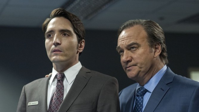 David Dastmalchian and Jim Belushi stand shocked together in David Lynch's Twin Peaks: The Return.