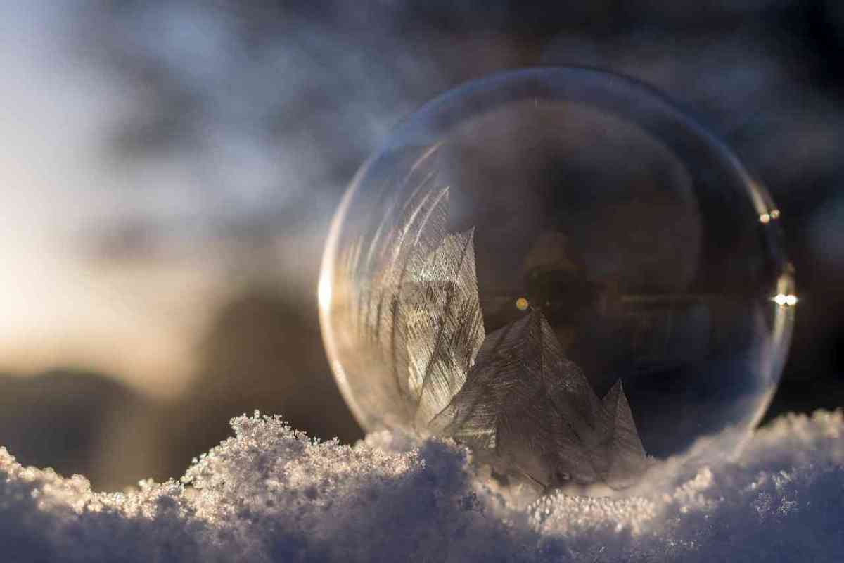 Watch a soap bubble freeze