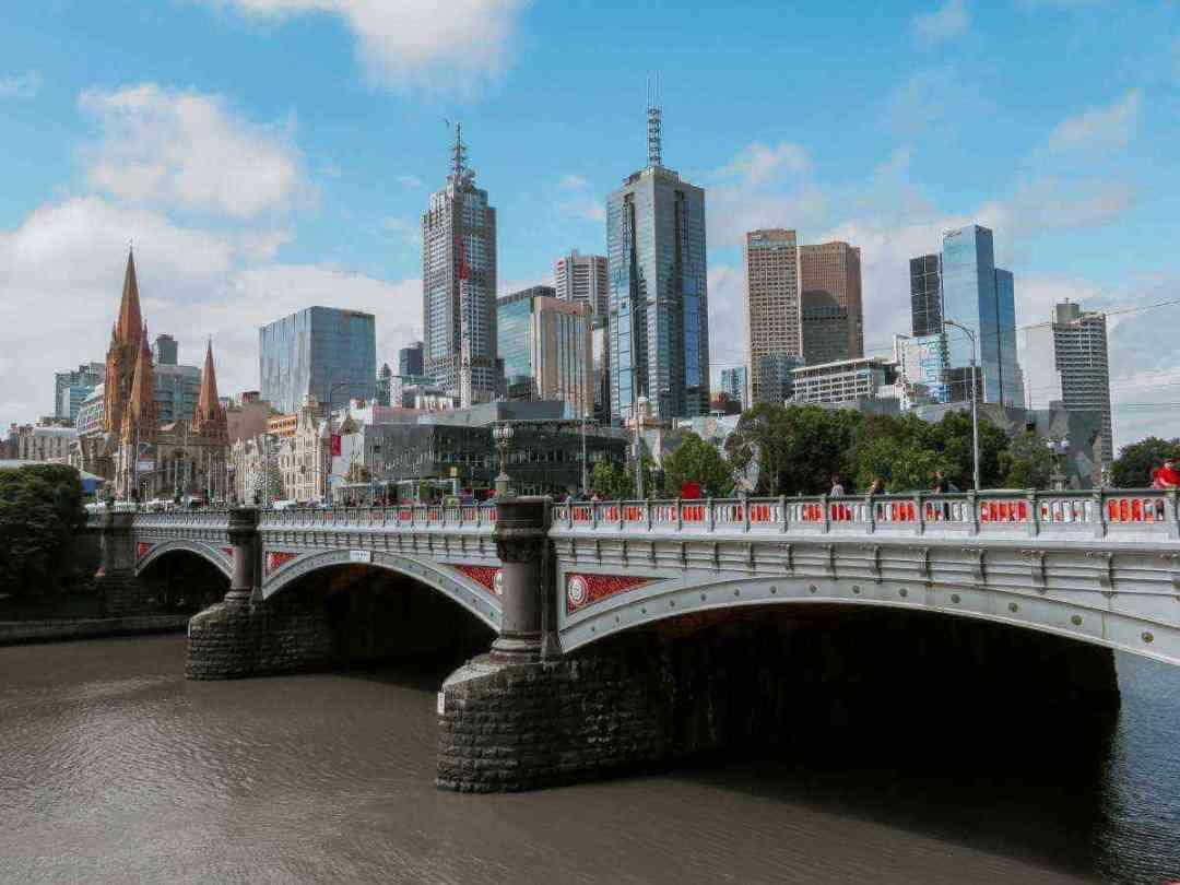 Australiaisbuildingcar lessneighborhoods