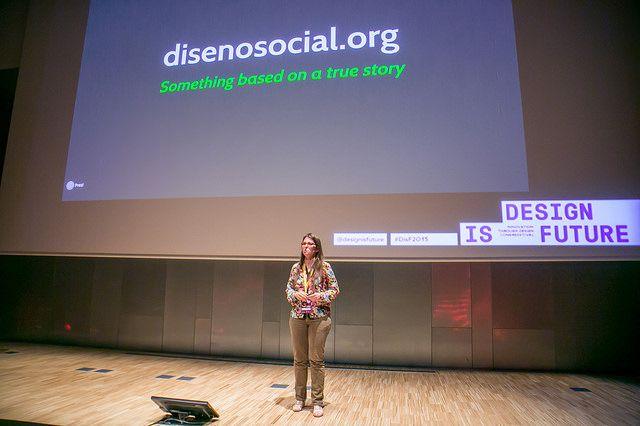 conferenciante mujer diseño innovacion social