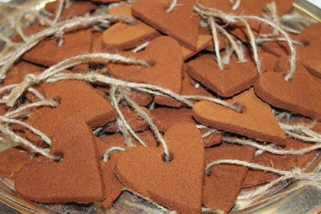 DIY Best Recipe for Cinnamon & Applesauce Heart Christmas Ornaments from Shabby Chic Boho