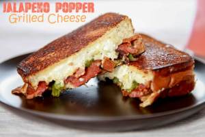 Bacon Jalapeno Popper Grilled Cheese from Baking Beauty