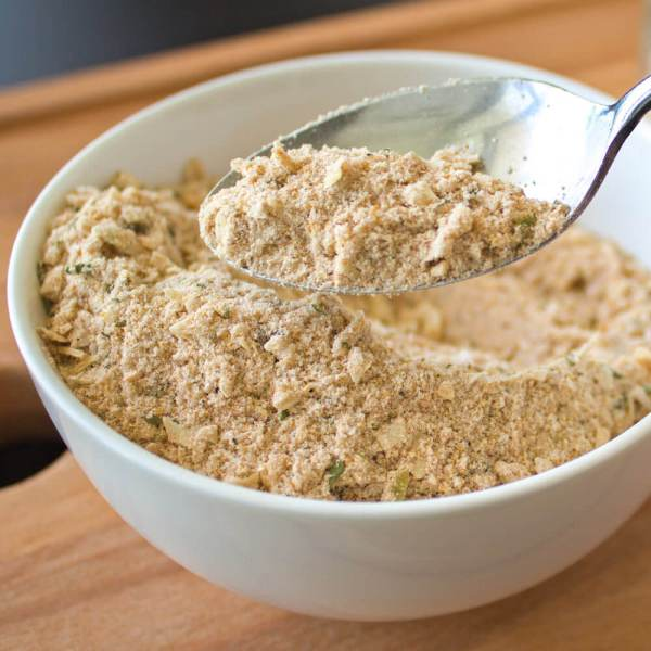 Homemade Onion Soup Mix Recipe from dishesanddustbunnies.com
